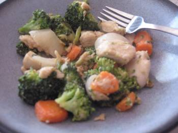 Post image for Kid Friendly Peanut Butter Stir Fry [Recipe]