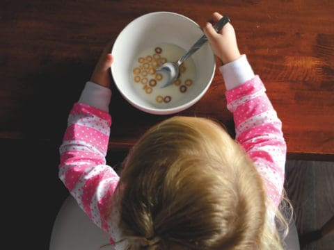 The Annoying Kids' Eating Habit Parents Should Adopt